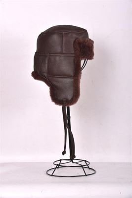 A Sheepskin Trapper Hat Wine - Garth