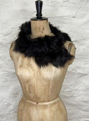 Sheepskin Button Scarf Black - Ailsa
