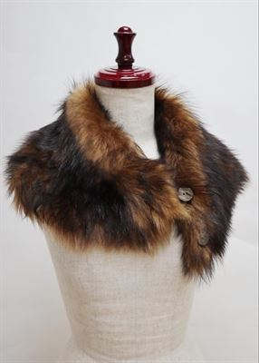 Sheepskin Button Scarf Muscat - Ailsa